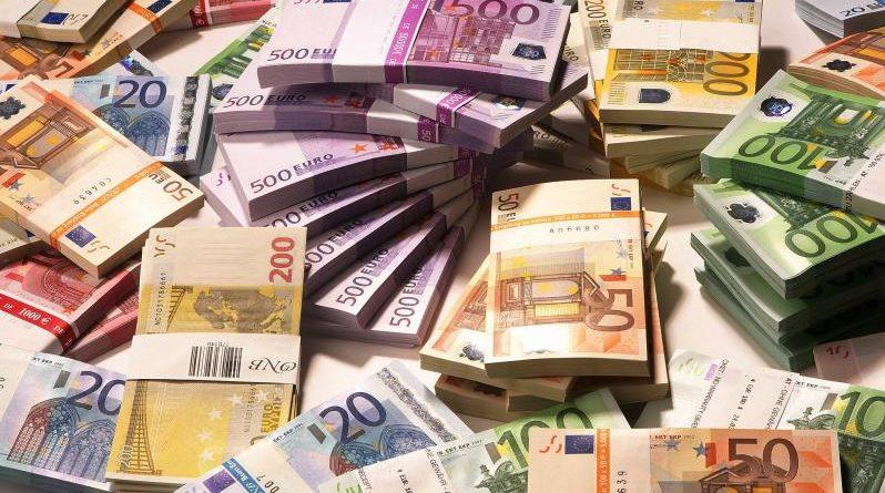 Denaro Debito Europa governo